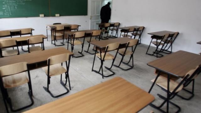 Ministri i Arsimit tregon se a do të kompensohen orët e humbura