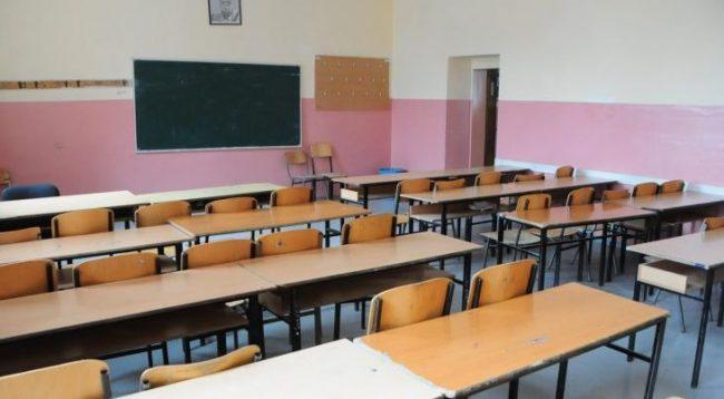 Qeveria nuk i përfill paralajmërimet, nga 14 janari grevë e përgjithshme në arsim