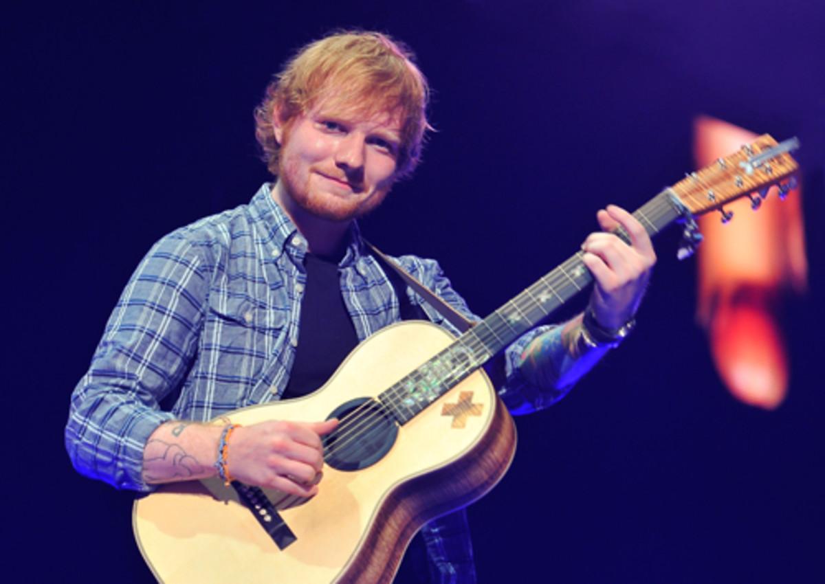 Studim: Muzika e Ed Sheeran i bën fëmijët e lumtur