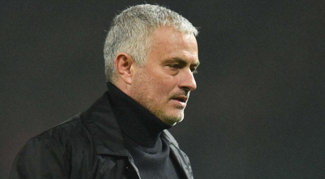 Mourinho: Hazard duhet të luajë për këtë skuadër