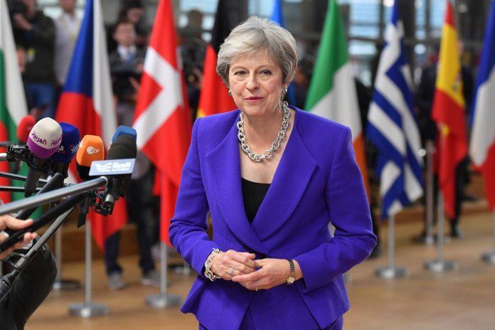 May informon BE-në për etapat e ardhshme të Brexit