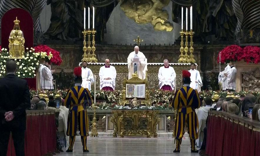 Mesha e Vitit të Ri, Papa i thur lavde unitetit dhe mëmësisë