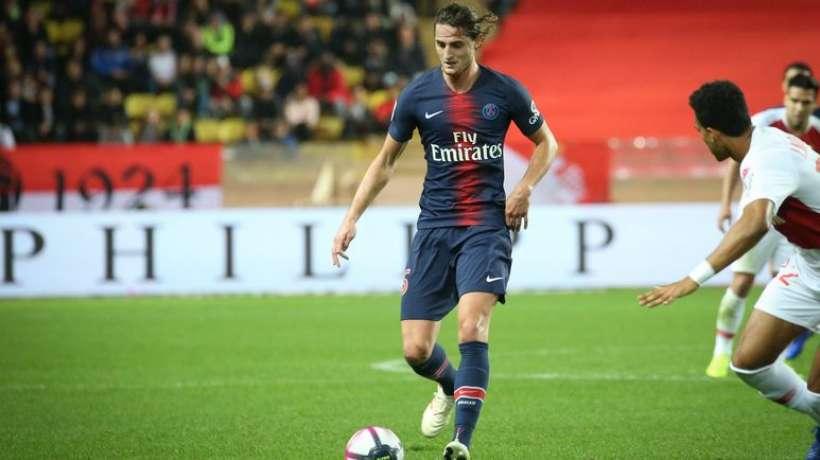 Lajmi i fundit, ylli i PSG firmos për Barcelonën