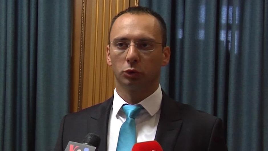 Simiq thotë se s'kanë arsye t'a festojnë Pavarësinë e Kosovës