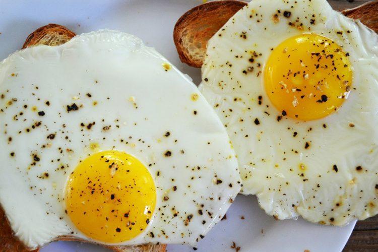 Këto janë ushqimet që mund të na mbrojnë nga i ftohti