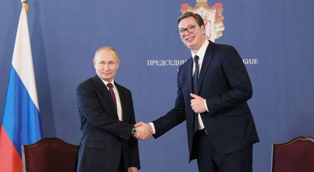 Putin: S'ka ndryshuar qëndrimi ynë për Kosovën, taksa dhe ushtria tensionuan situatën