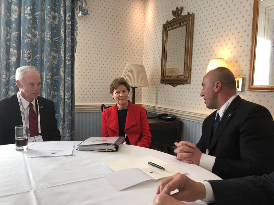 Haradinaj takon senatorët Shaheen dhe Johnson, ja çka diskutuan