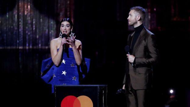 """Emrat e të gjithë fituesve Në """"Brit Awards 2019"""", në mesin e tyre edhe Dua Lipa"""