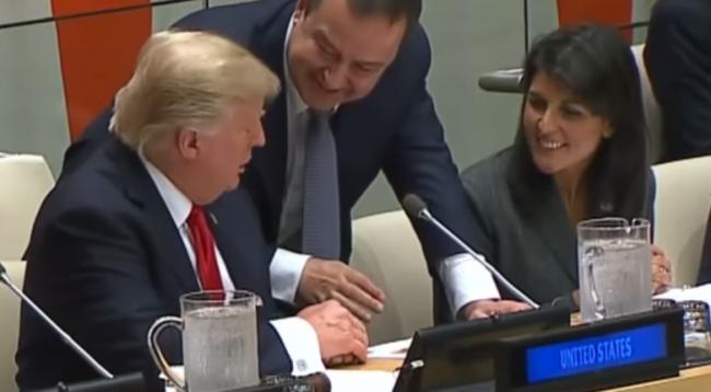 Daçiq parashikon planet e Trumpit që ka për Kosovën
