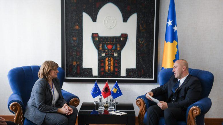 Haradinaj priti në takim Susan Flocken, drejtoreshë e Edukimit Botëror për Regjionin e Evropës