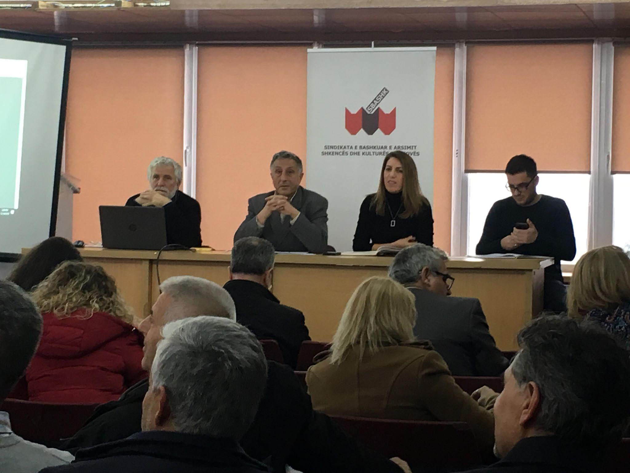 Nis takimi i Këshillit të SBASHK-ut, pritet të merret vendimi për grevën