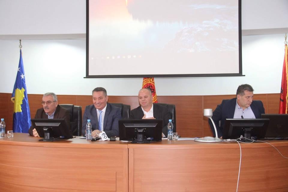 Autostrada e e Dukagjinit, ministri Lekaj në takim me qytetarët e kësaj komune