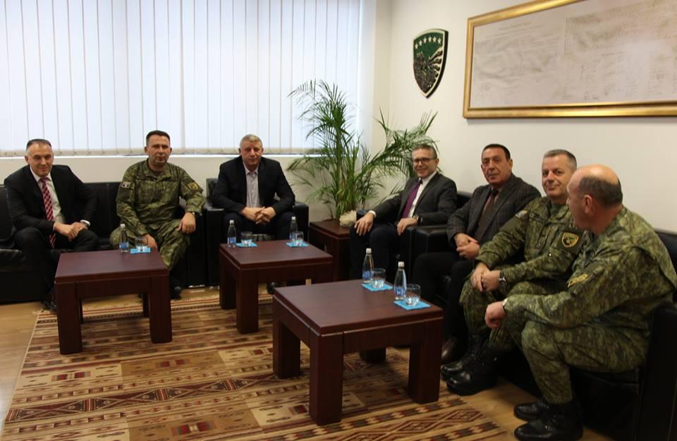 Selimi viziton FSK-në, i përgëzon për këtë çështje