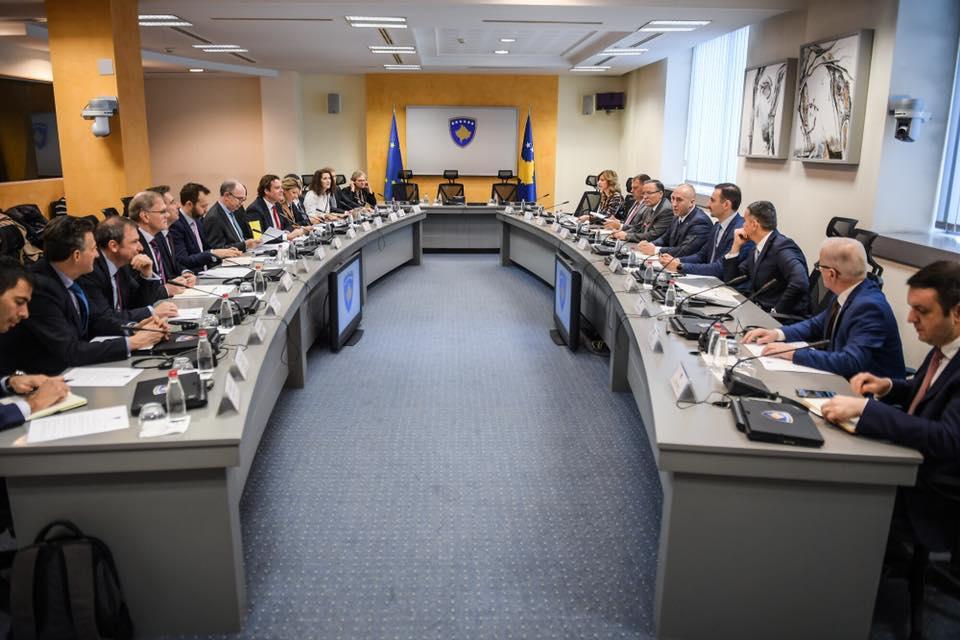 Haradinaj takohet me përfaqësues të BERZh-it, kjo është arsyeja
