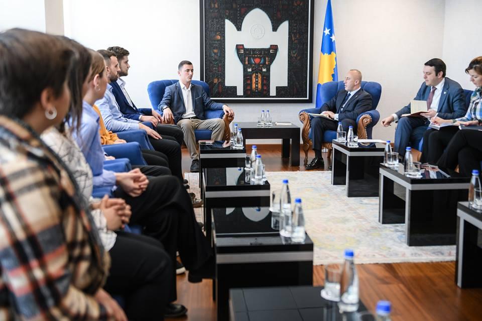 Haradinaj: Impresive të dëgjoj idetë kreative të të rinjve tanë