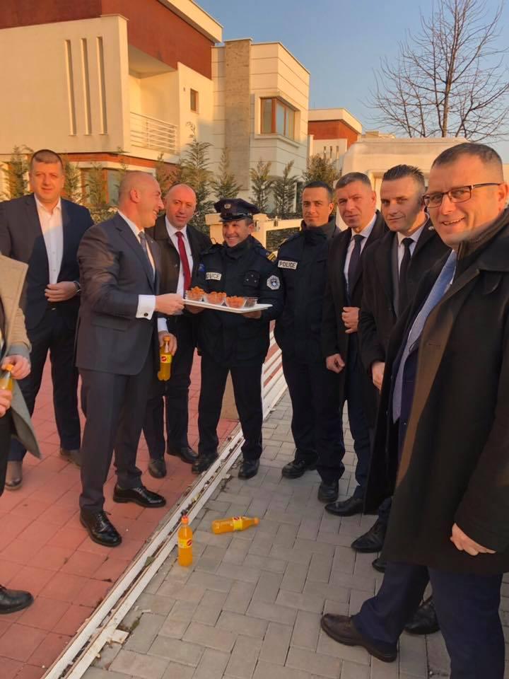 Haradinaj uron Pavarësinë në mënyrë të veçantë