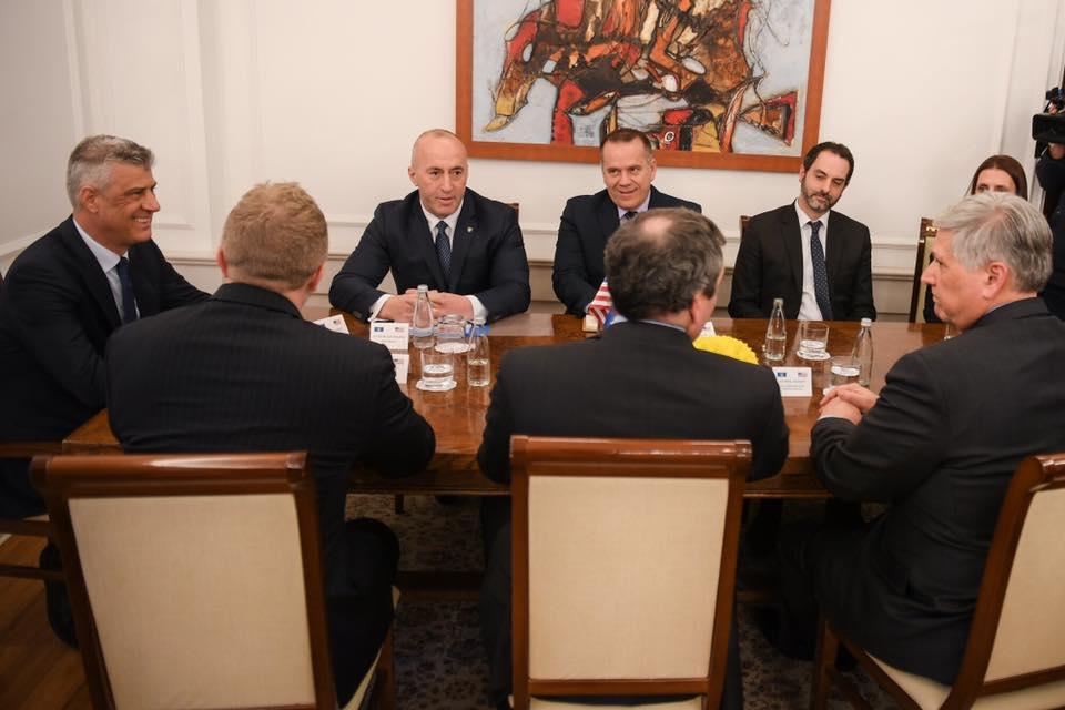 Shtohet presioni amerikan, Haradinaj i vendosur për taksën