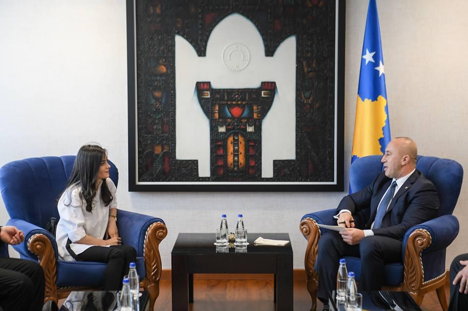 Haradinaj nga zyra e Kryeministrisë tregon se AAK-së në KK të Prishtinës i është shtuar edhe një asambleiste