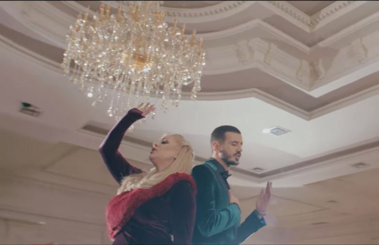 Gili, Buraku dhe Grupi Fama publikojnë këngën e re 'Susta'