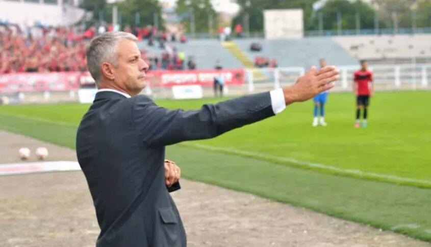 Bylbyl Sokoli kritikon ashpër futbollistët e tij