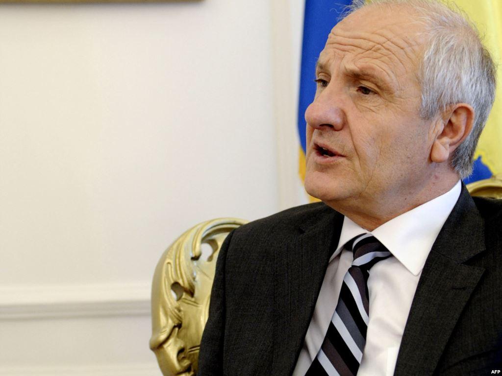 Fatmir Sejdiu flet për raportet që ka me Isa Mustafën