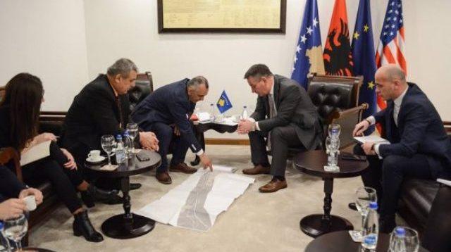 Mbi 1000 shoferë të punësuar dhe mbi 200 milionë euro do të përfitoj Kosova nga anëtarësimi  në TIR