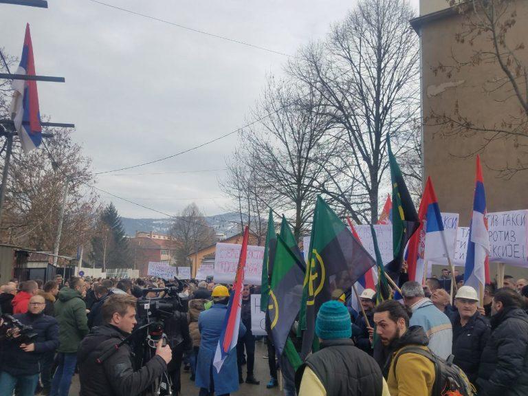 Protestojnë serbët e veriut, kjo është arsyeja