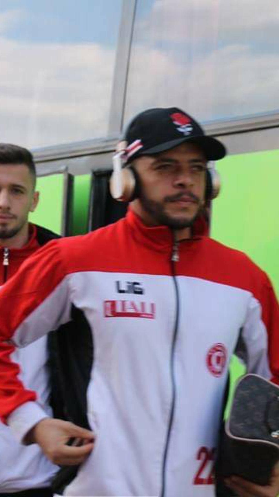 Lajmi i fundit: Futbollistët e Gjilanit arrijn në stadium (Foto)