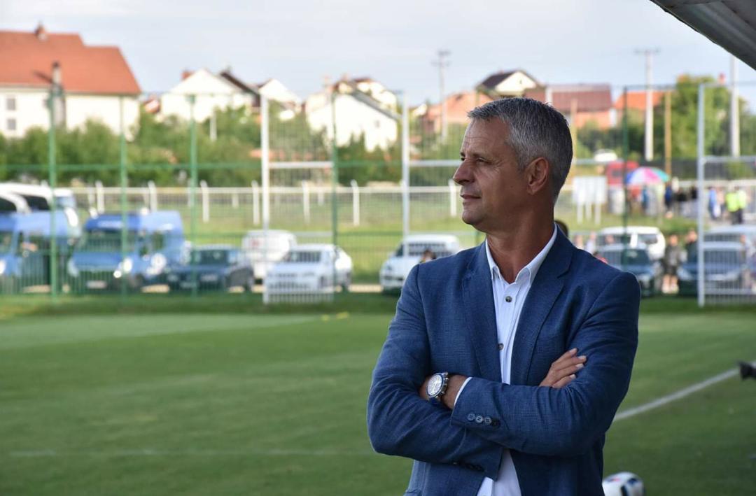 Pa ide për të ardhmen, e pabesueshme sa trajnerë janë ndërruar për gjashtë muaj në Ipko Superligë