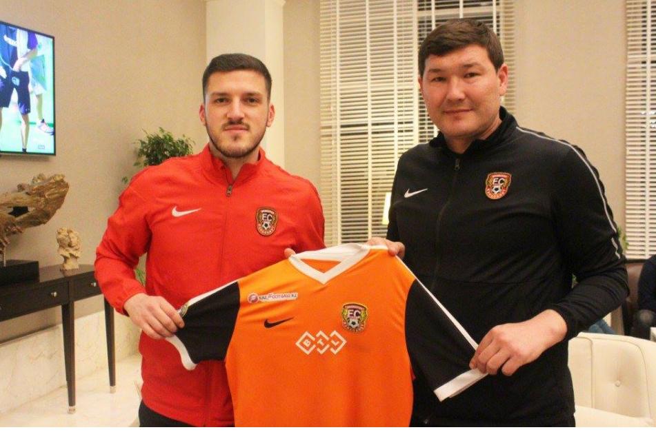 ZYRTARE: Futbollisti shqiptar transferohet te Shakhtar