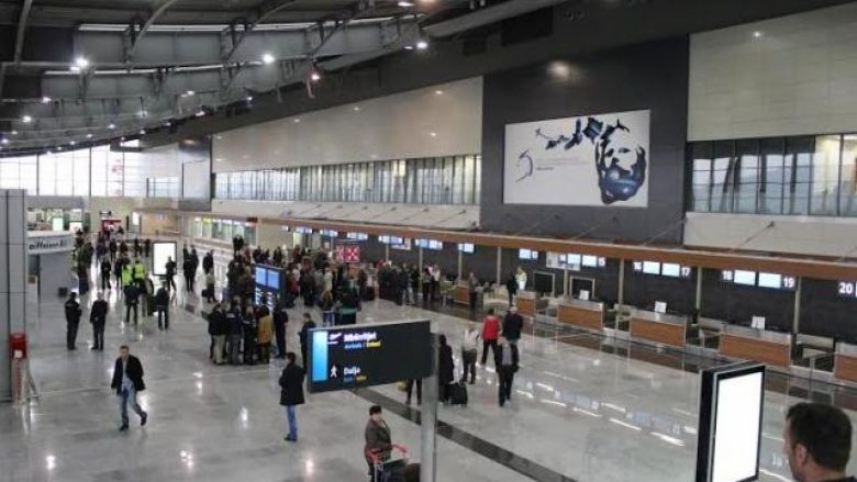 Për shkak të grevës, nesër pritet anulimi i shumë fluturimeve