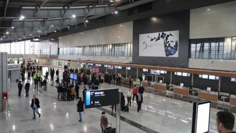 Aeroporti 'Adem Jashari' në kollaps, sot grevë 8 orëshe