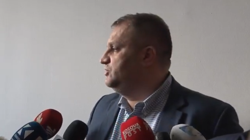 Ahmeti: Çështja e korrigjimit të kufijve nuk përfshihet në platformë, as që është përmendur