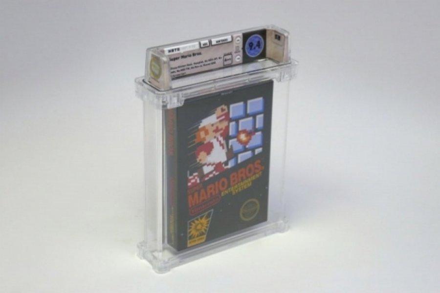 """Kopja e pahapur e lojës """"Super Mario Bros"""" shitet për më shumë se 100.000 dollarë"""