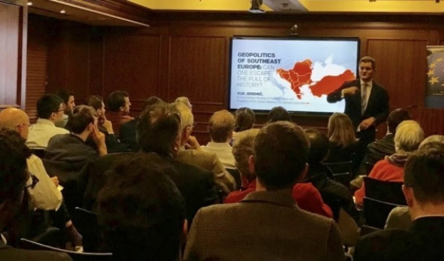 Jeremiq: Ndryshimi i kufijve sipas parimit etnik do të ishte i precedent i rrezikshëm në Ballkan
