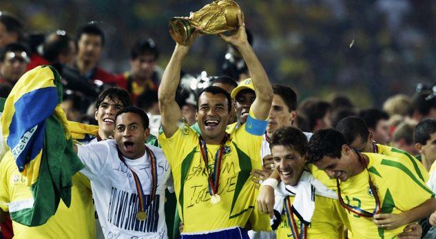 Vjen në Prishtinë, ish futbollisti i famshëm i Brazilit dhe Barcelonës
