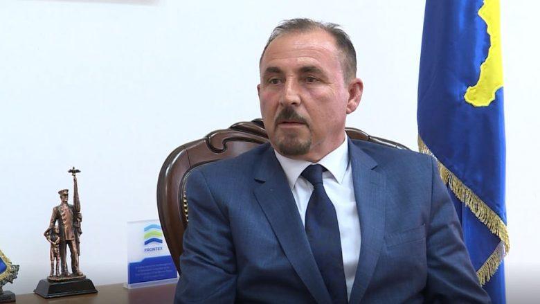 Ministri Mustafa përfshihet në një incident në zyrën e tij