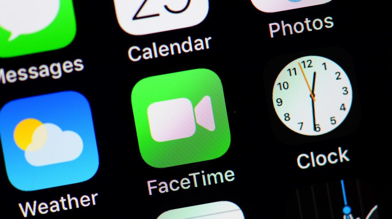 Pasi zbuloi virusin në pajisje, Apple shpërblen adoleshentin