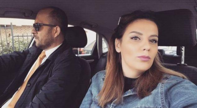 Gruaja e Arian Dacit me një dedikim emocional për bashkëshortin e ndjerë