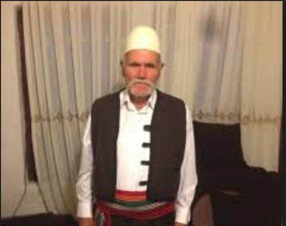 Personi i cili dje u godit nga një veturë në Prishtinë është Azem Makolli i burgosur gjatë regjimit komunist jugosllav