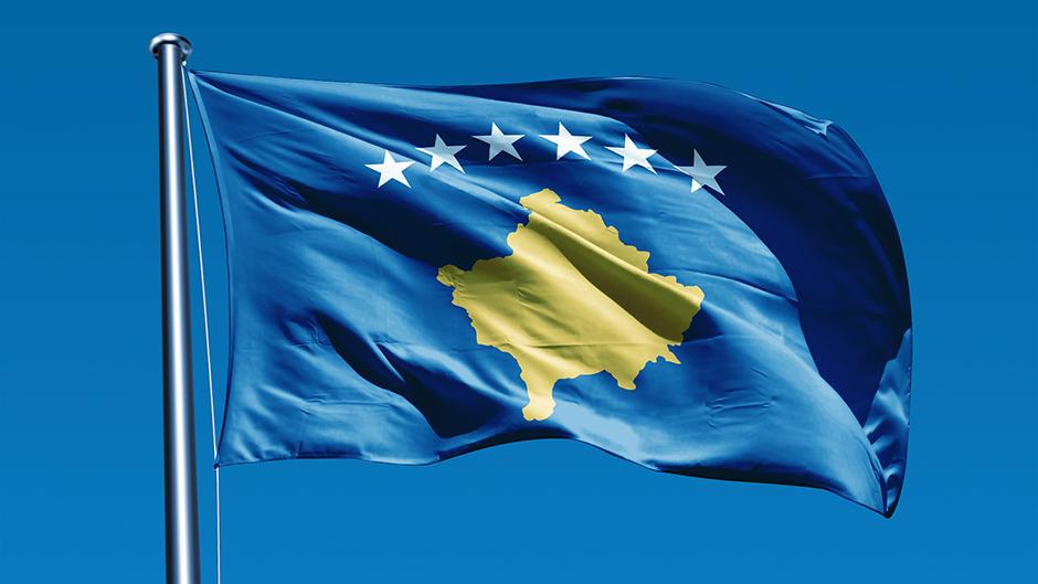 Gazeta Serbe shkruan skenar për zgjidhjen e çështjes Kosovë-Serbi