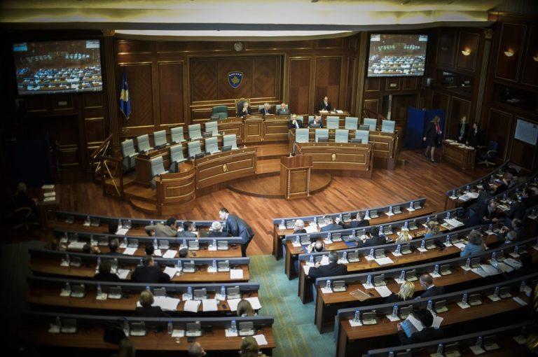 Rikonfigurimi i Qeverisë, opsion më i mundshëm se zgjedhjet për të dalë nga kjo situatë