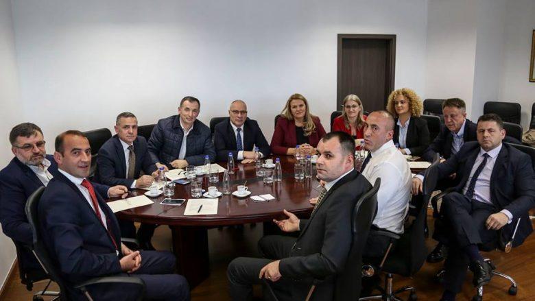 Grupi Parlamentar i AAK-së, ka këtë kërkesë për Qeverinë