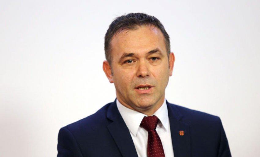 Selimi: Thaçi po tallet me inteligjencën tonë