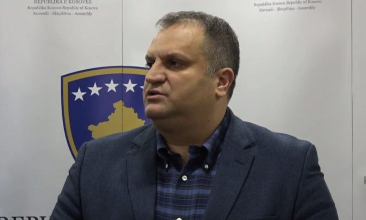 Mësohet arsyeja se përse Shpend Ahmeti po mungon në takimin e liderëve shtetëror
