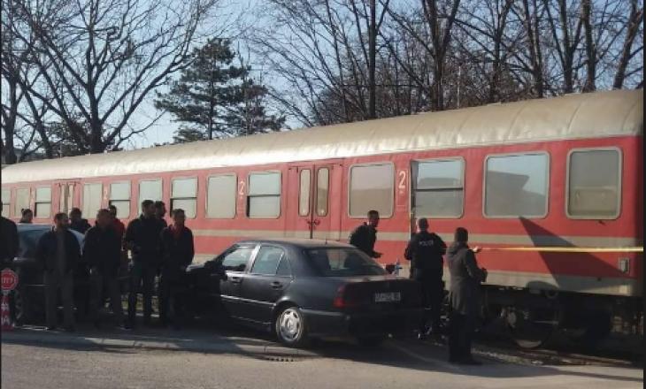 Mjeku tregon për gjendjen ekëmbësorit që u godit nga treni