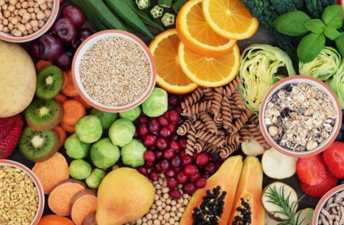 Duke ngrënë këto lloje të frutave luftoni plakjen