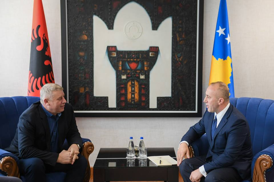 Haradinaj takohet me Selimin: Pata nderin ta pres Gjeneralin e Lirisë