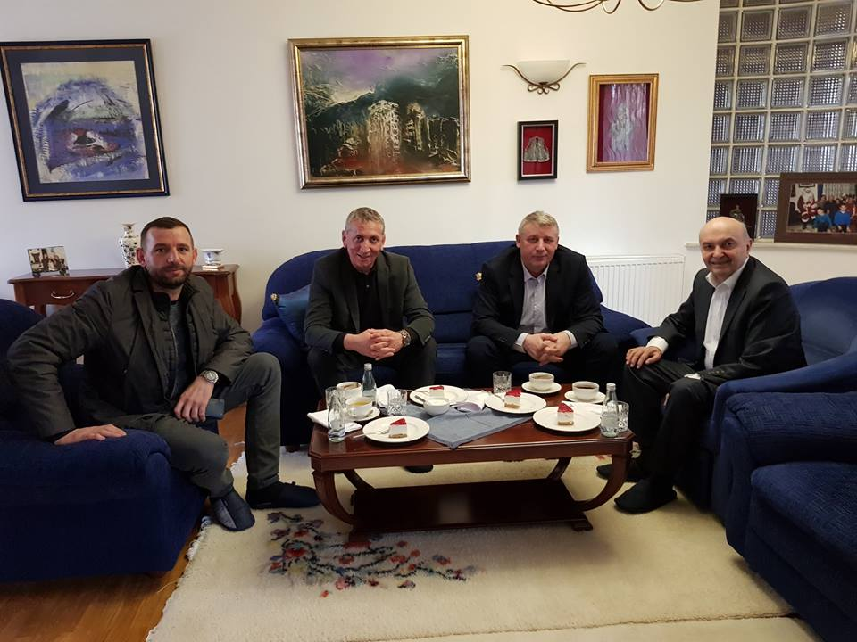 Sylejman Selimi viziton Isa Mustafën, kjo është arsyeja