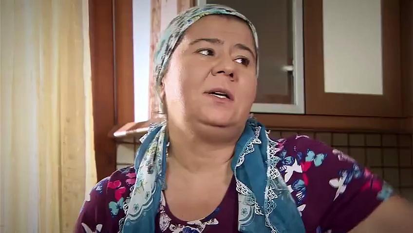 E njihni për të vjetër 'Naziren', por në realitet është një zonjë që iu lë pa fjalë